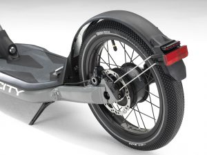 P90268082_highRes_bmw-motorrad-x2city-
